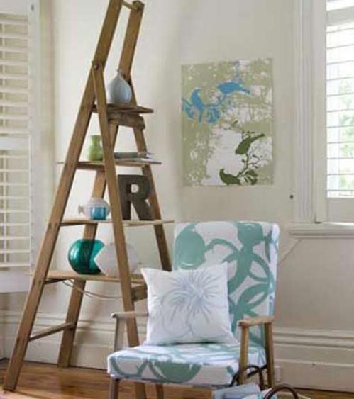 Inspiraci n deco decorar con escaleras el attelier magazine for Escaleras de madera para decorar