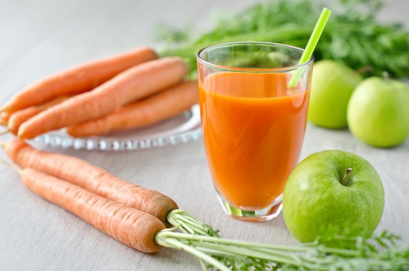 batidos detox platano manzana y zanahoria
