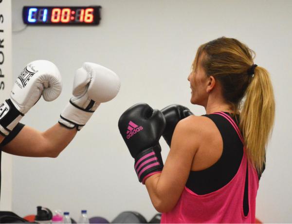 5 beneficios de practicar boxeo