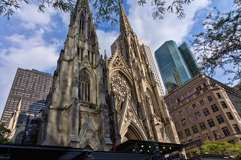 NYC_-_St._Patrick's_Cathedral_-_Facade
