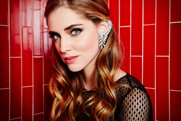Guess-Holiday-2013-Campaign-photo-19