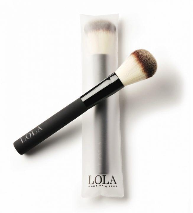 Lola 1.11 whites