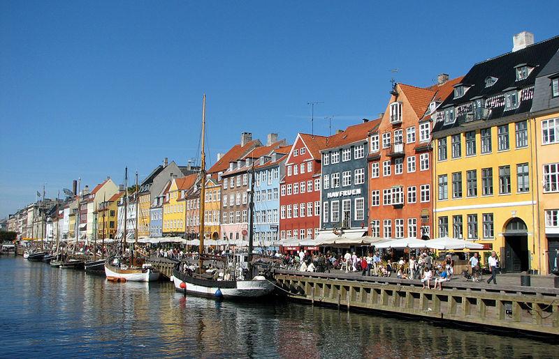 Nyhavn_Copenhagen (1)