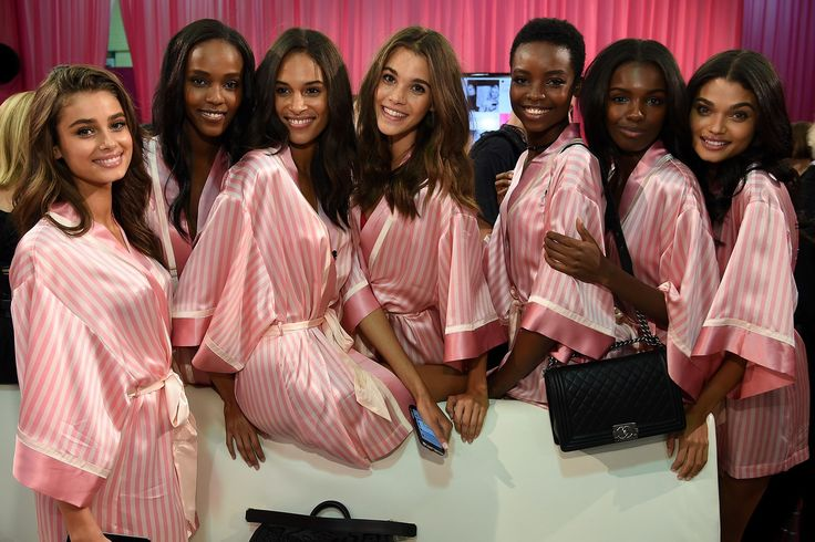 El_Attelier_Backstage_de_Victoria_Secret_4