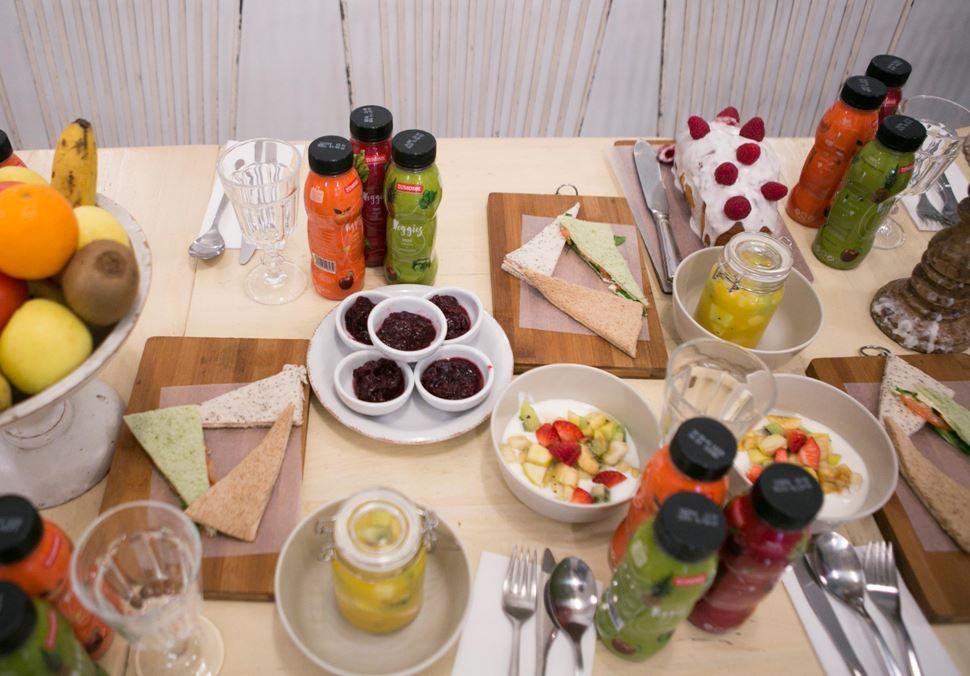 El Attelier_ZUMOSOL-Veggies_desayuno