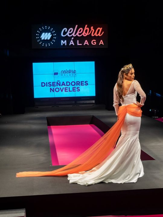 Diseño trasero del modelo Amelia en Celebra Málaga
