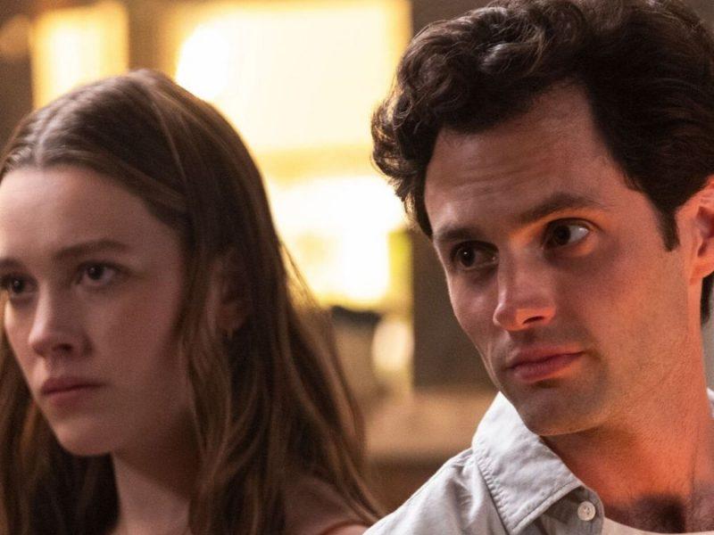 Penn Badgley y Victoria Pedretti en la serie You, disponible en Netflix |Foto: Pinterest.