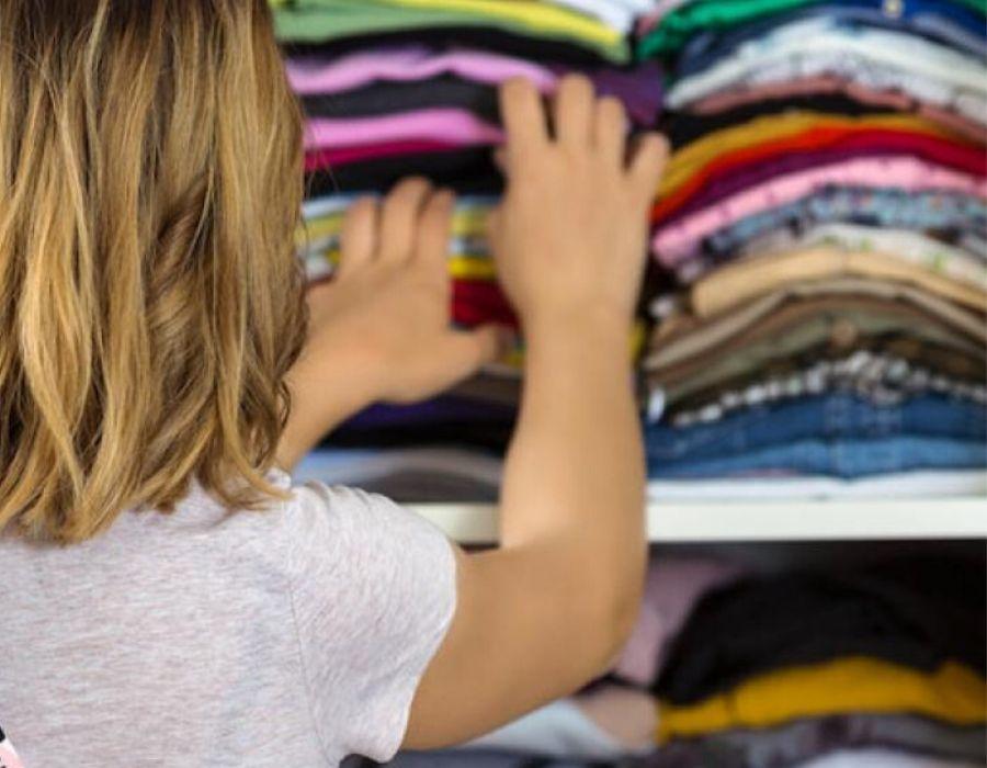 Ordenando el armario durante la cuarentena